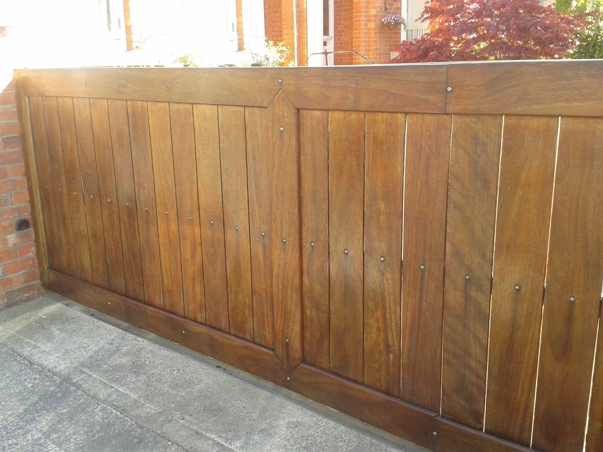 Should you use oil or varnish on exterior wood blog by Impressions Painting and Decorating